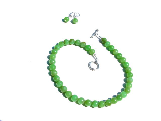 Chrysoprase Necklace.jpg