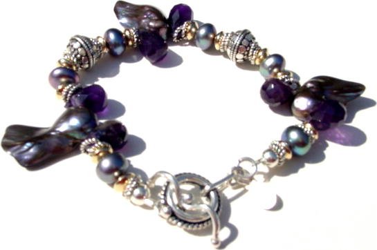 Peacock Pearls and Amethyst Bracelet B_AMT3230512     $58.00