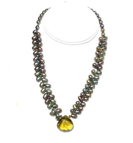 Olive Quartz and Pearls Beaded Necklace.JPG N - OQPN092906         $79.00