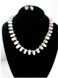 Peach Pearls Necklace.JPG
