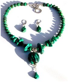 Chunky Turquoise Necklace.jpg