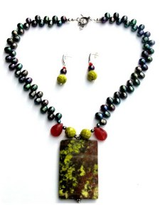 Moss Agate Pendant Necklace.jpg