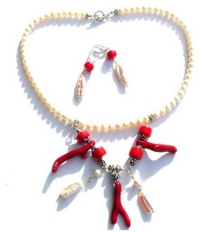 Coral and Pearls Necklace.jpg