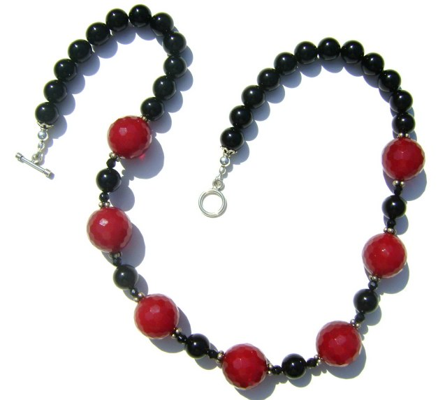 Red Jade and Black Onyx Necklace