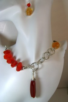 Bold Elegant Carnelian Necklace