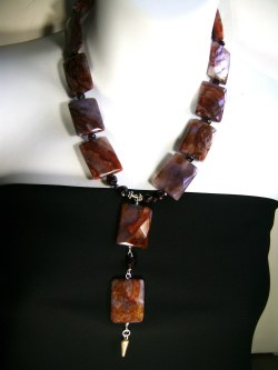 Manchurian agate necklace