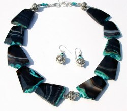 BIG BOLD CHUNKY AGATE BEAD NECKLACE-  CBDN741035.JPG
