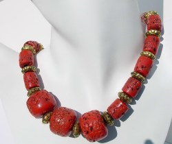 Sherpa Coral Beaded Necklace
